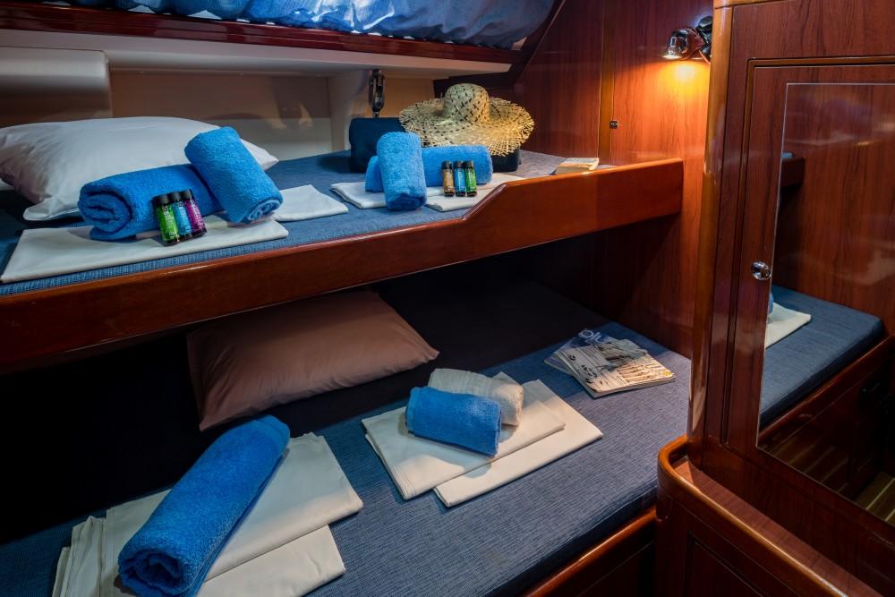 Huur Zeilboot met of zonder schipper Ocean in Marina de Alimos