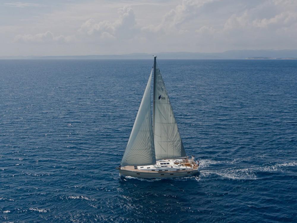 Huur een Bavaria Bavaria Cruiser 50 in Follonica