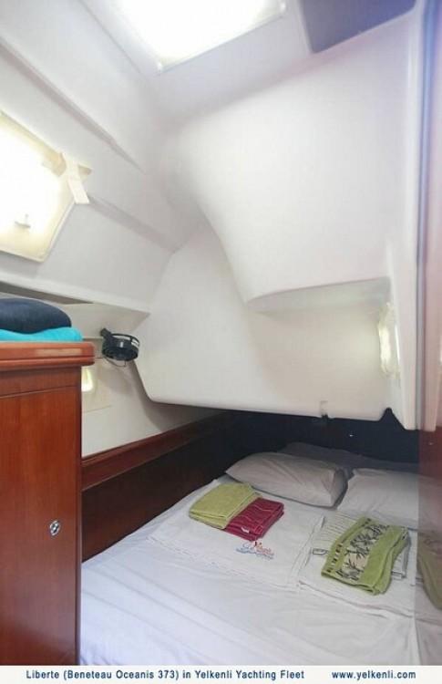 Verhuur Zeilboot in Bursa - Bénéteau Oceanis 373