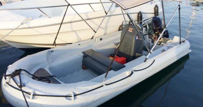 Huur Motorboot met of zonder schipper Funyak in Serra-di-Ferro