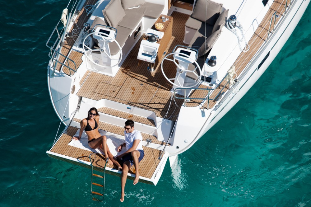 Zeilboot te huur in Baie Sainte Anne voor de beste prijs