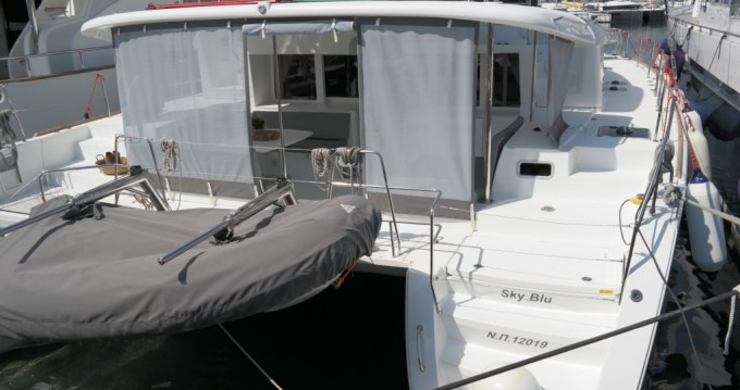 Verhuur Catamaran in Athene - Lagoon Lagoon 450 F
