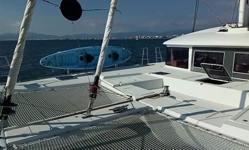 Verhuur Catamaran in Olbia - Lagoon Lagoon 560