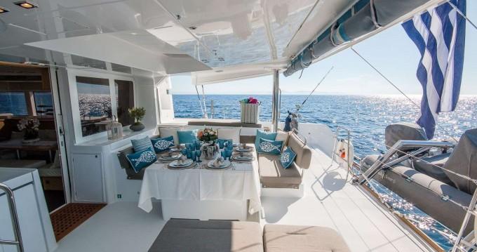 Verhuur Catamaran in Athene - Lagoon Lagoon 52 F