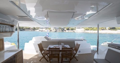 Verhuur Catamaran in Athene - Fountaine Pajot Sanya 57