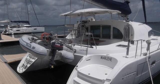Verhuur Catamaran in Cienfuegos - Lagoon Lagoon 380