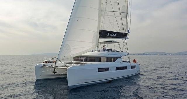 Huur Catamaran met of zonder schipper  in Lefkas Egremni