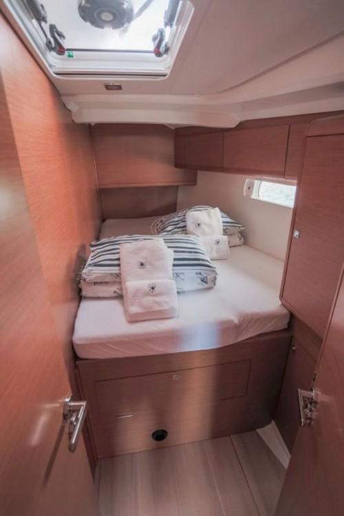 Bootverhuur Jeanneau Sun Odyssey 509 - 5 + 1 cab. in Kroatië via SamBoat