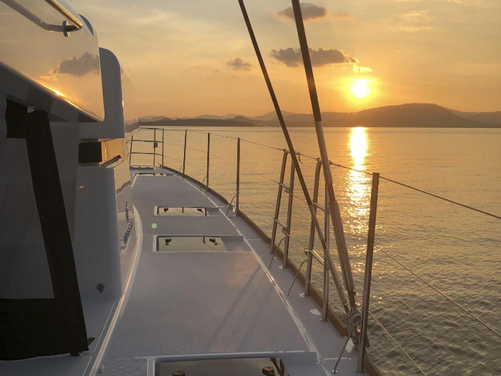 Catamaran te huur in Phuket voor de beste prijs