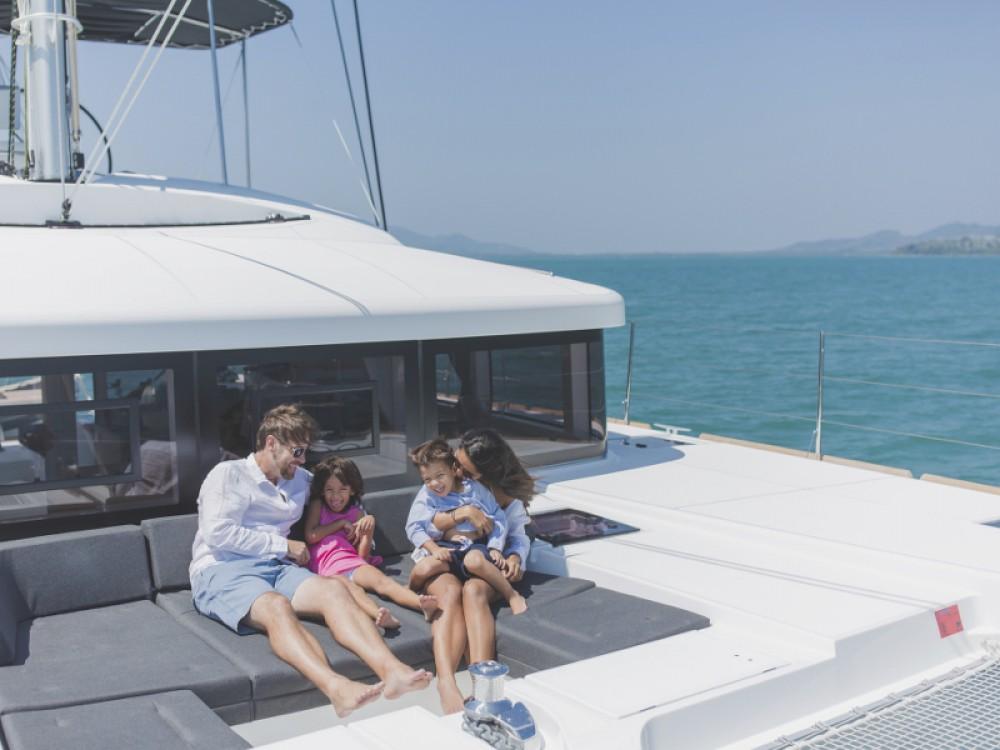 Huur Catamaran met of zonder schipper Lagoon in Phuket