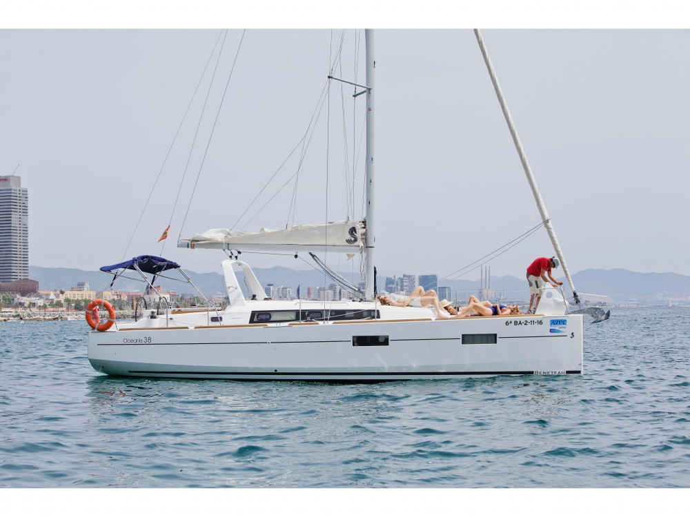 Jachthuur in Barcelona - Bénéteau Beneteau Oceanis 38 via SamBoat