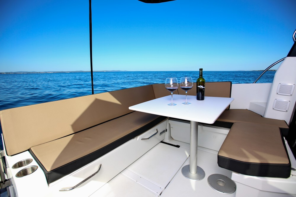 Bootverhuur Jeanneau Merry Fisher 895 in Marina Zadar via SamBoat