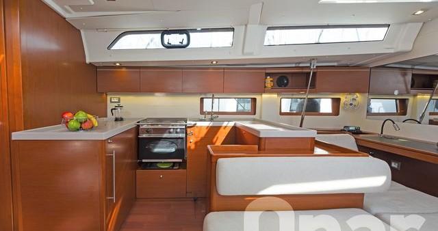 Bénéteau Oceanis 51.1 te huur van particulier of professional in Athene