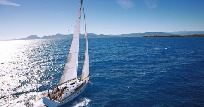Huur Zeilboot met of zonder schipper Bavaria in Pomer