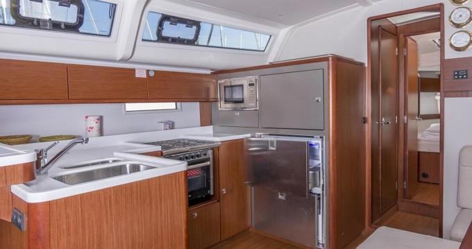 Bootverhuur Bavaria Bavaria Cruiser 51 Style - 5 cab. in Punat via SamBoat