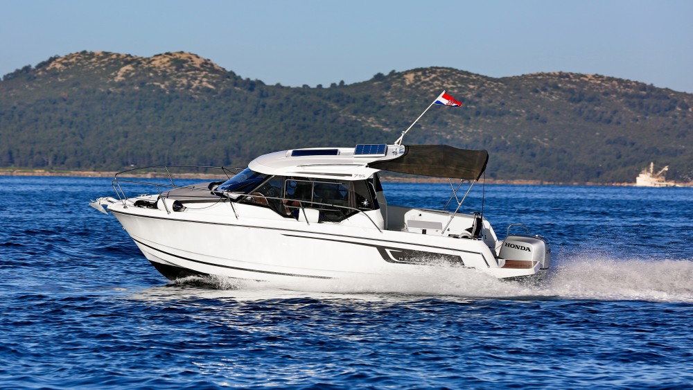 Bootverhuur Marina Zadar goedkoop Merry Fisher 795