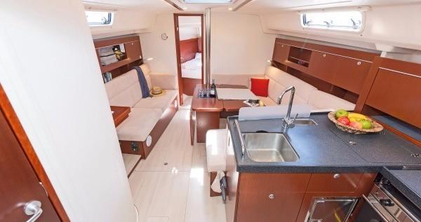Zeilboot te huur in Volos voor de beste prijs