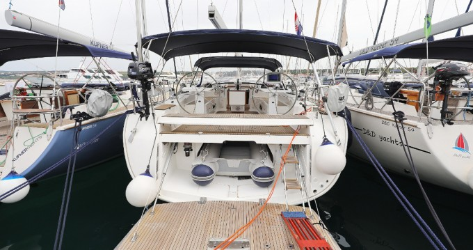 Huur een Bavaria Cruiser 55 in Biograd na Moru