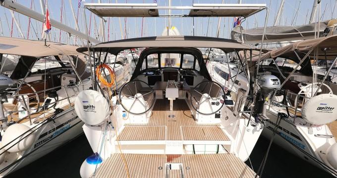 Verhuur Zeilboot in Biograd na Moru - Dufour Dufour 382 GL