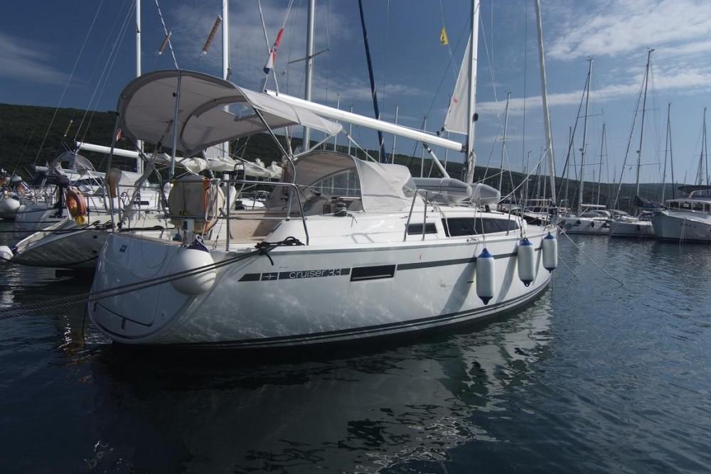 Jachthuur in Krk - Bavaria Bavaria Cruiser 33 via SamBoat