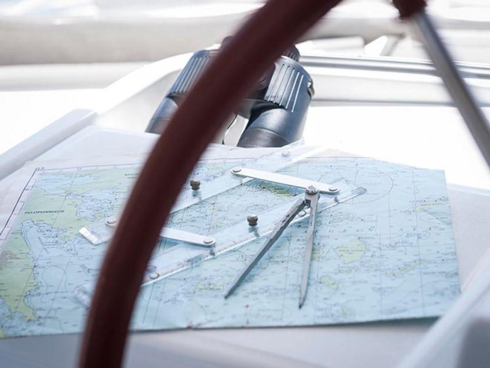 Verhuur Catamaran in Marina de Alimos - Lagoon Lagoon 500