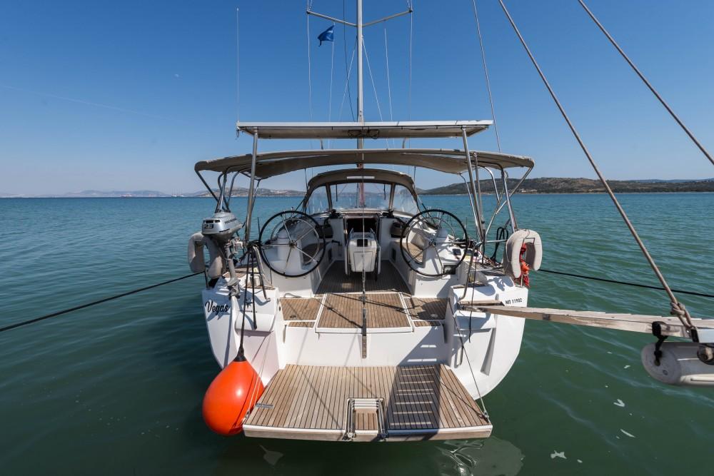 Huur een Jeanneau Jeanneau Sun Odyssey 469 in Leucade