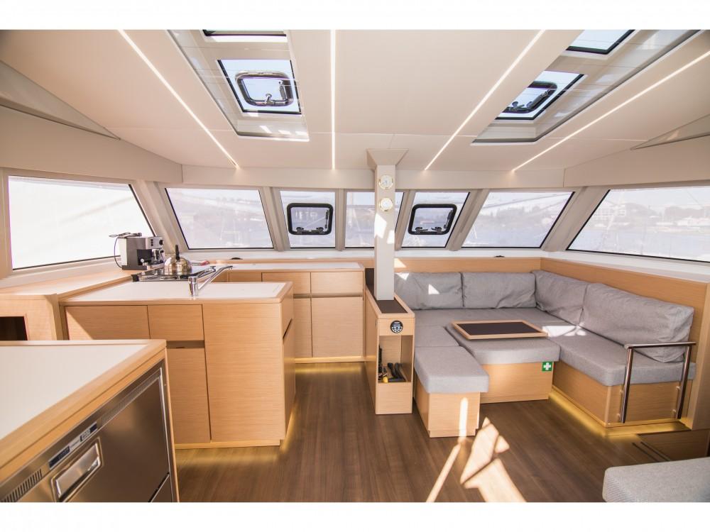 Catamaran te huur in Préveza voor de beste prijs