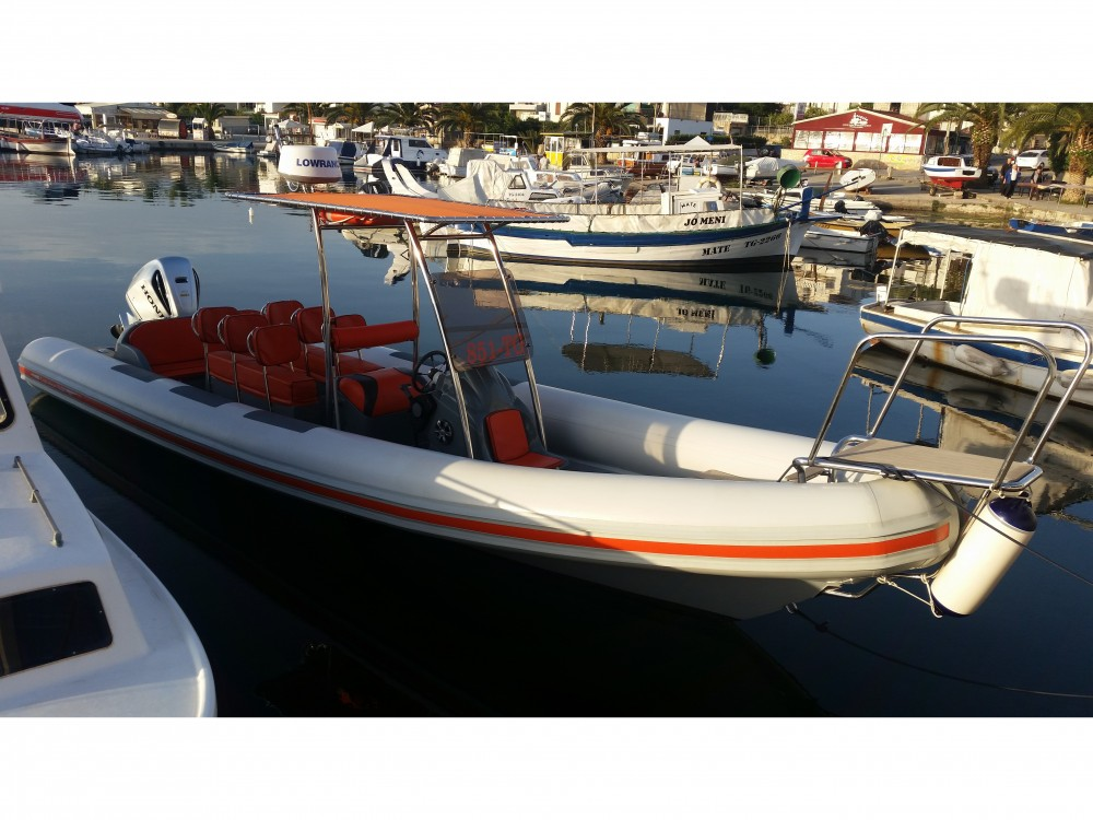 Huur Motorboot met of zonder schipper  in Trogir