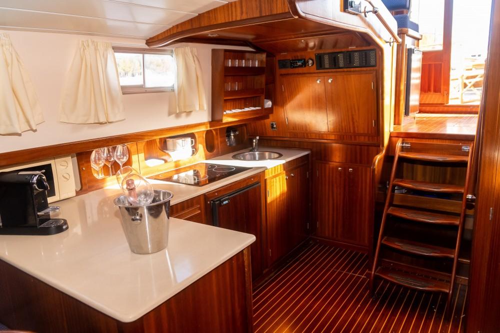 Jachthuur in  - Astilleros Menorquin 150 via SamBoat
