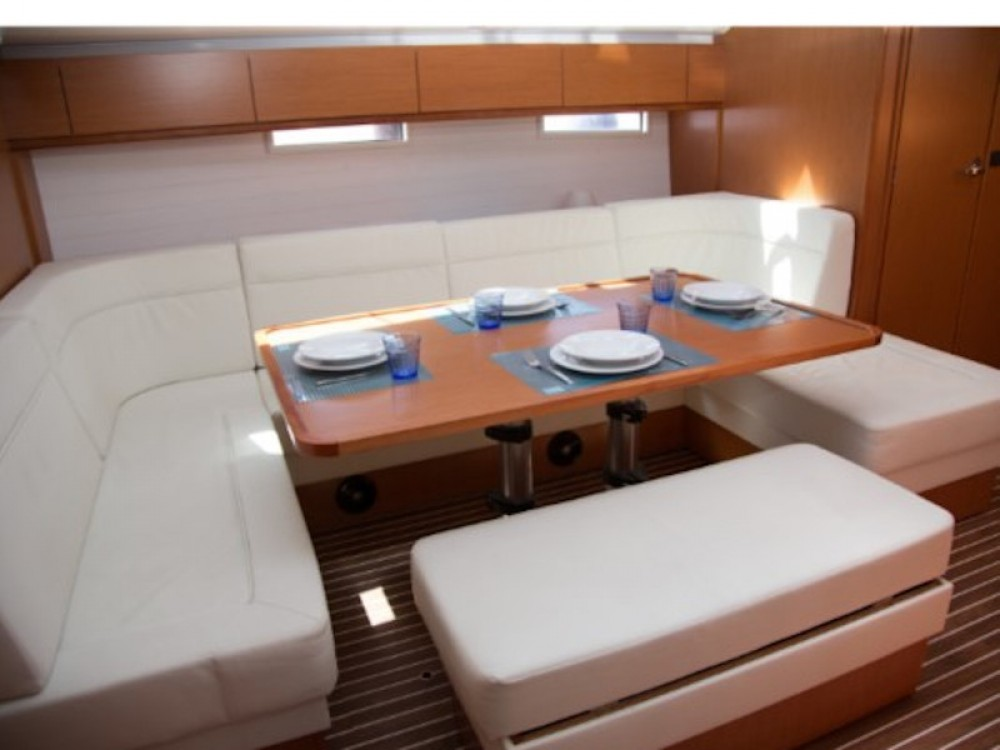 Huur een Bavaria Bavaria Cruiser 51 in Cagliari
