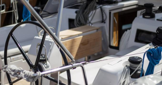 Bootverhuur Split goedkoop X-Yacht 4-3