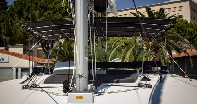 Catamaran te huur in Slano voor de beste prijs