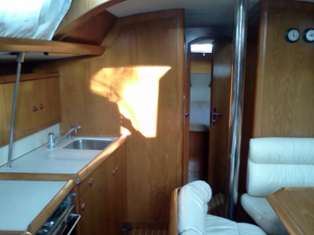 Bootverhuur Jeanneau Sun Odyssey 42.2 in Marina Gouvia via SamBoat