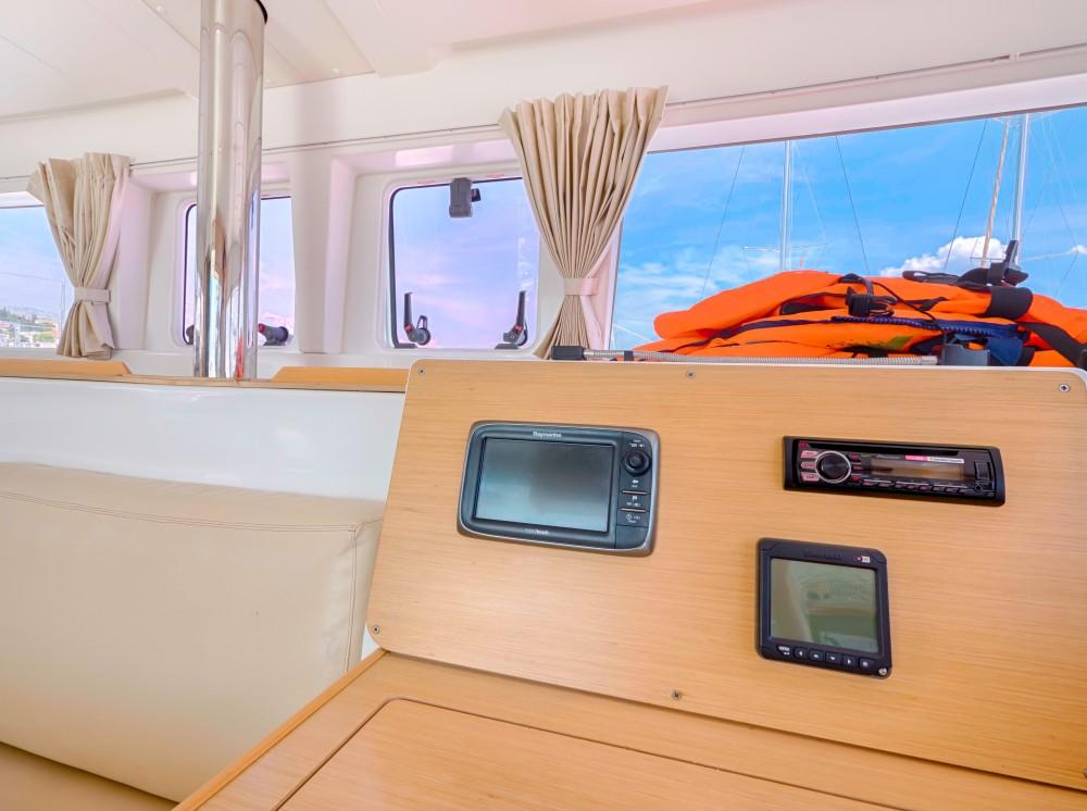 Verhuur Catamaran in Split - Lagoon Lagoon 400