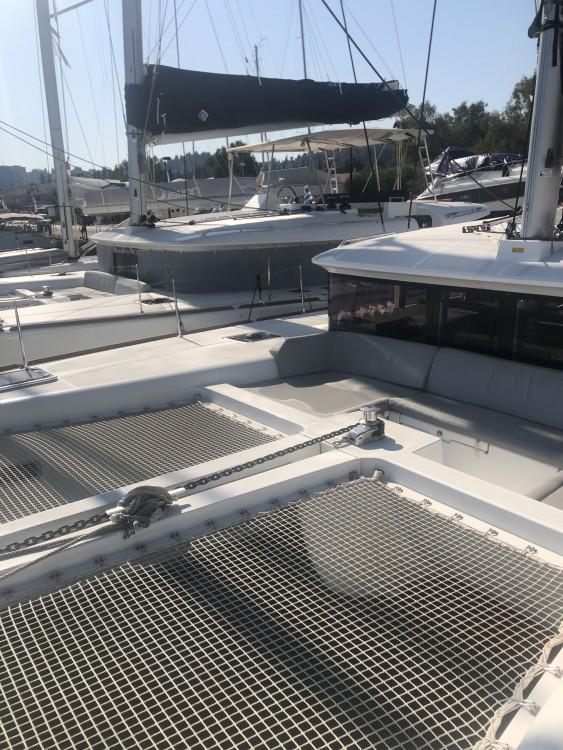 Huur Catamaran met of zonder schipper Lagoon in Marina Gouvia