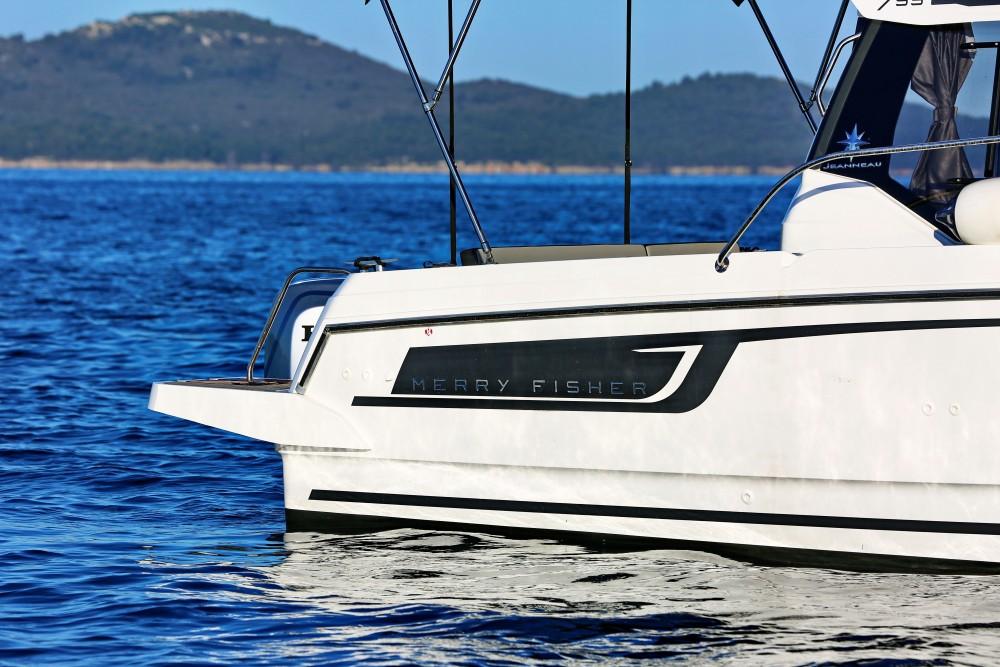 Huur Motorboot met of zonder schipper Jeanneau in D-Marin Borik
