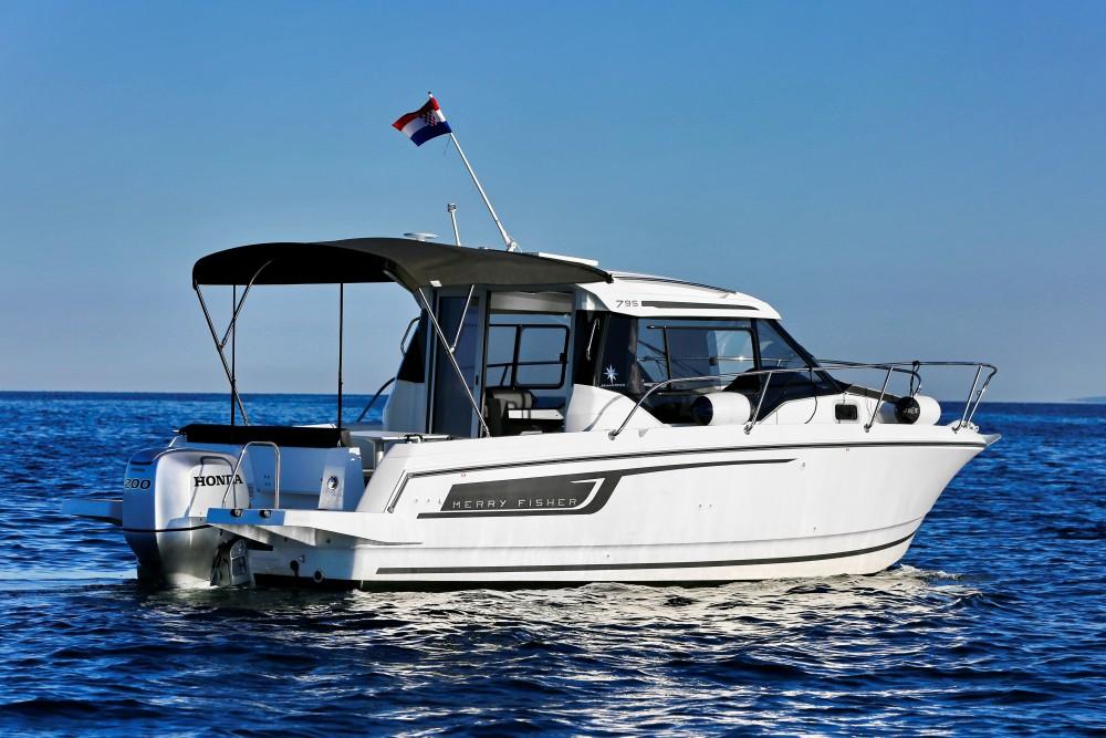 Motorboot te huur in D-Marin Borik voor de beste prijs