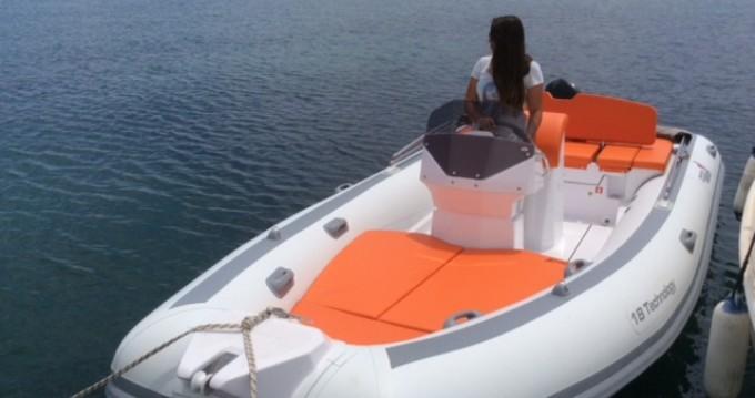 Bootverhuur MV Marine 18 technology in Olbia via SamBoat