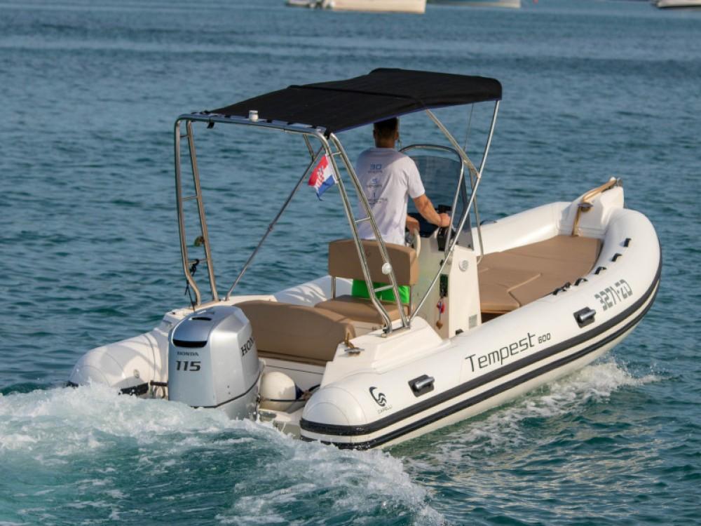 Jachthuur in Marina Zadar - Cantiere TEMPEST 600 + Honda 115 via SamBoat