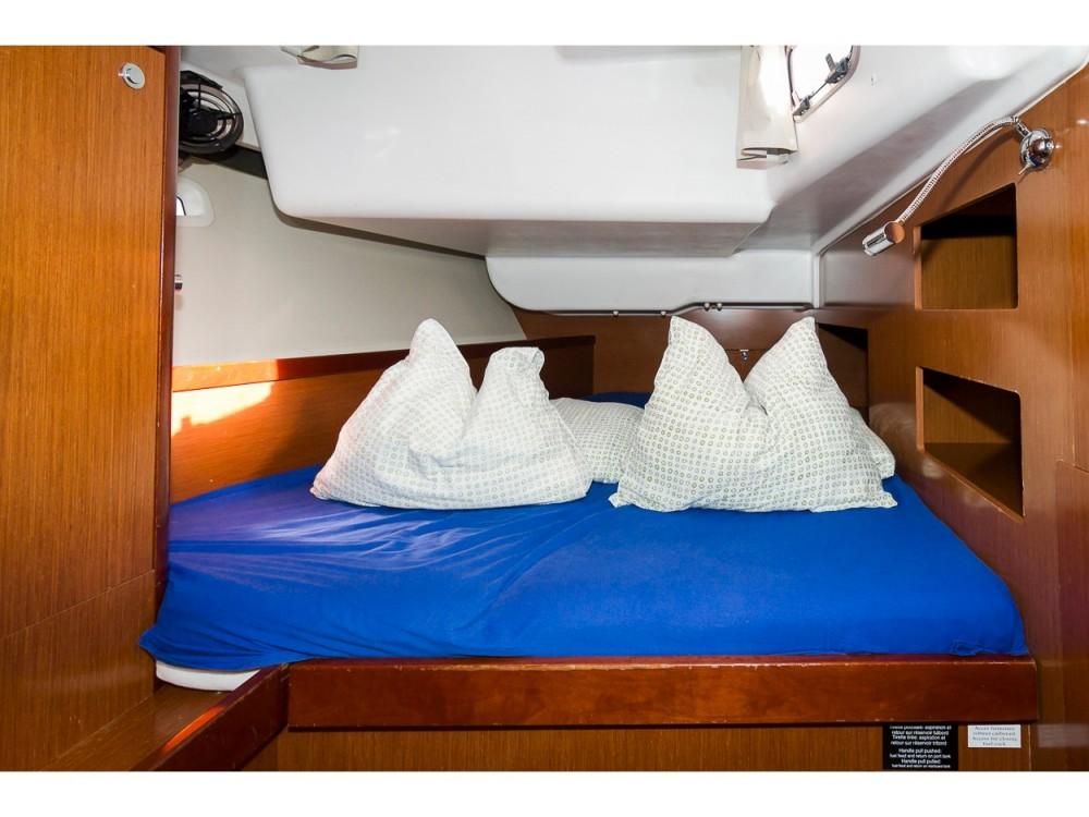Bootverhuur Bénéteau Oceanis 50 Family in  via SamBoat