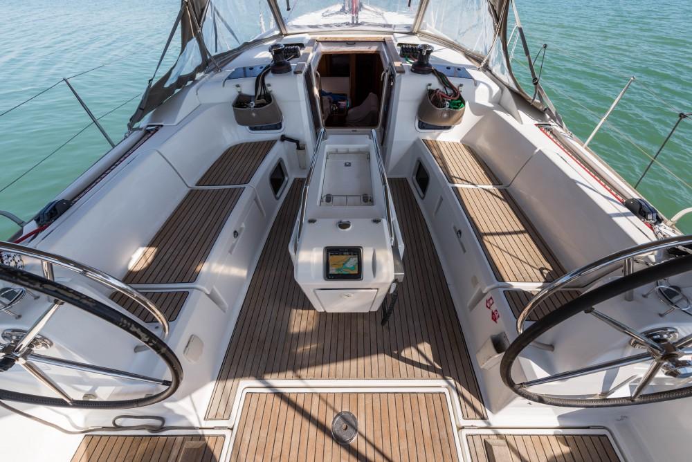 Bootverhuur Jeanneau Jeanneau Sun Odyssey 469 in Leucade via SamBoat
