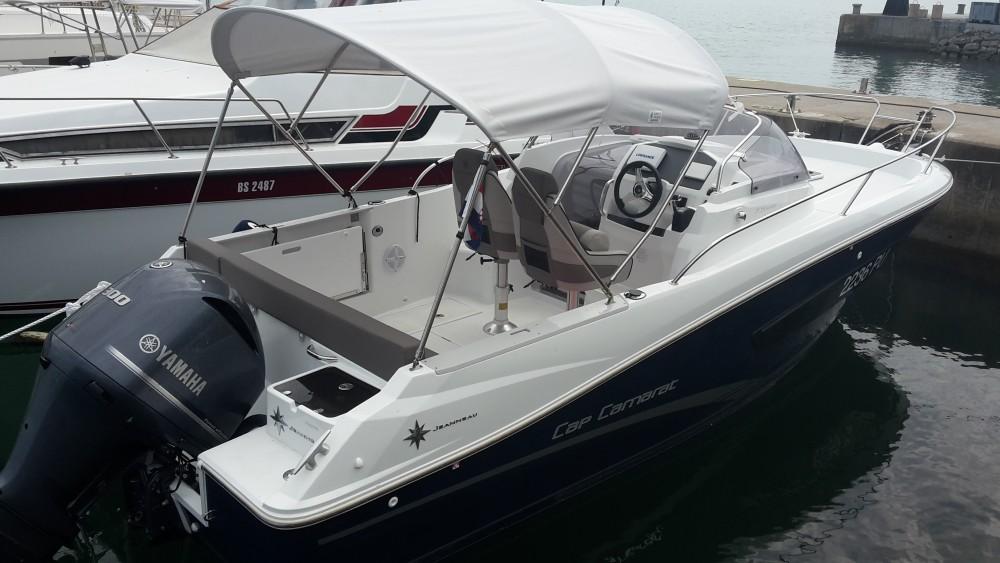 Verhuur Motorboot in Medulin - Jeanneau Jeanneau Cap Camarat 7.5 WA SERIE 2
