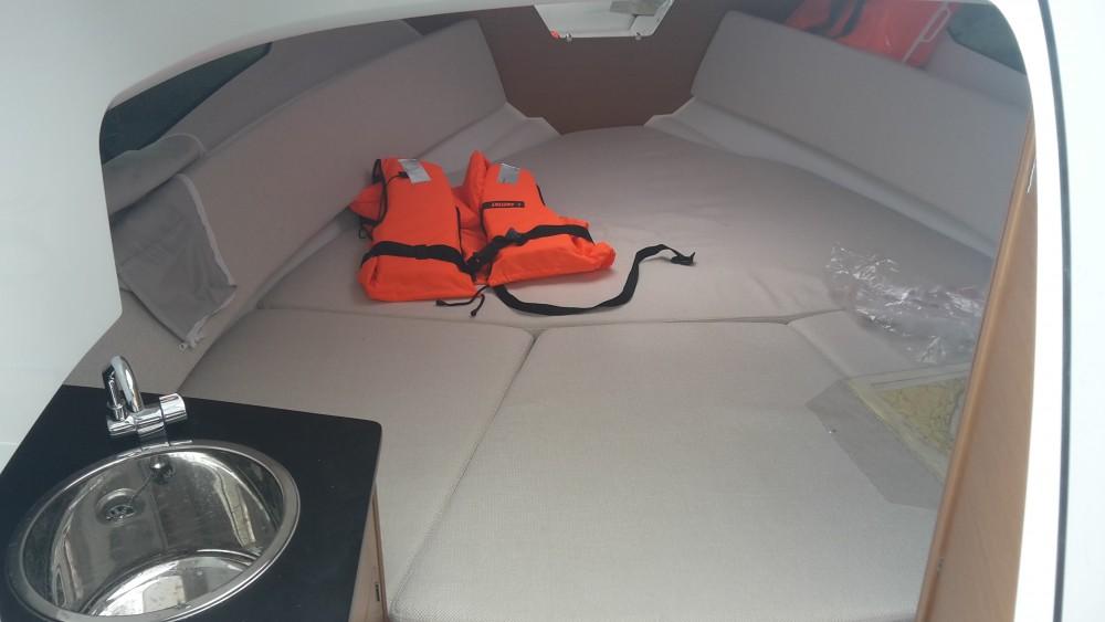 Jachthuur in Medulin - Jeanneau Jeanneau Cap Camarat 7.5 WA SERIE 2 via SamBoat
