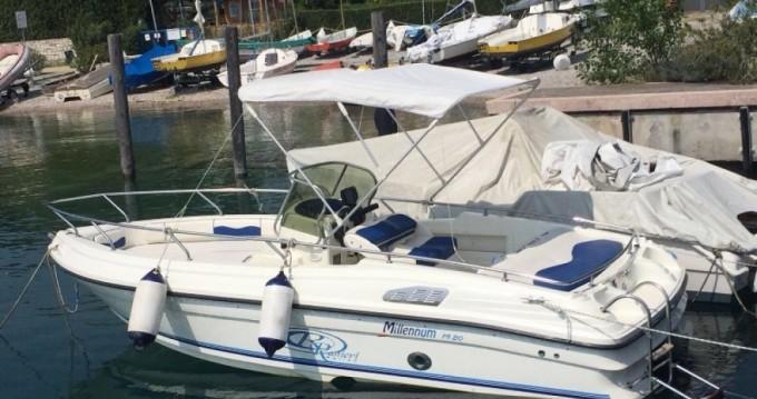 Motorboot te huur in Moniga del Garda voor de beste prijs