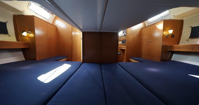 Jachthuur in Athene - Bavaria Bavaria 43 Cruiser via SamBoat
