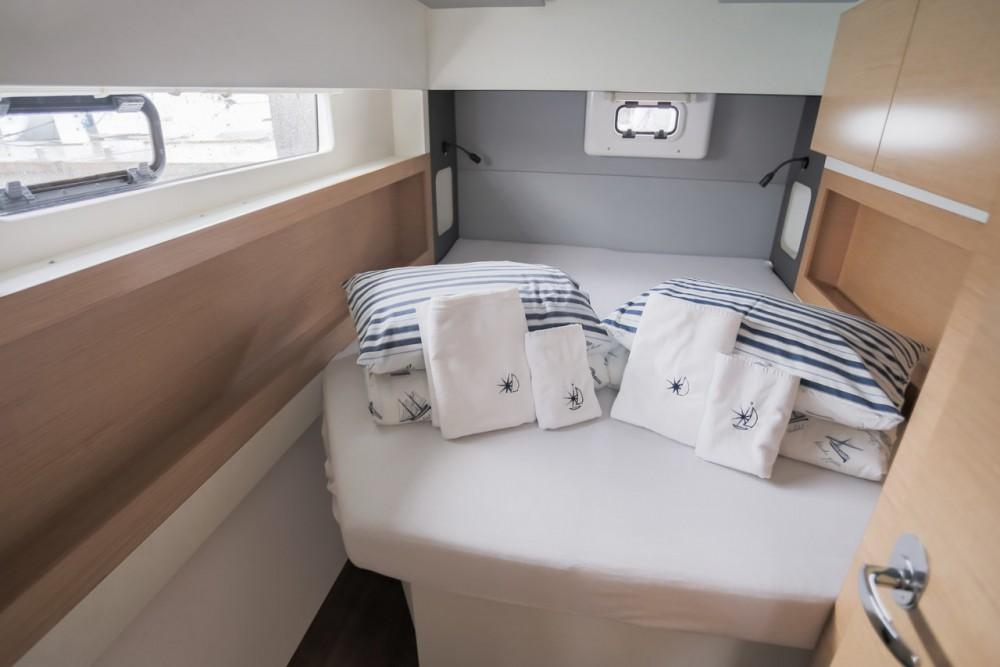 Verhuur Catamaran in Seget Donji - Nautitech Rochefort Nautitech 40 Open - 4 + 1 cab.