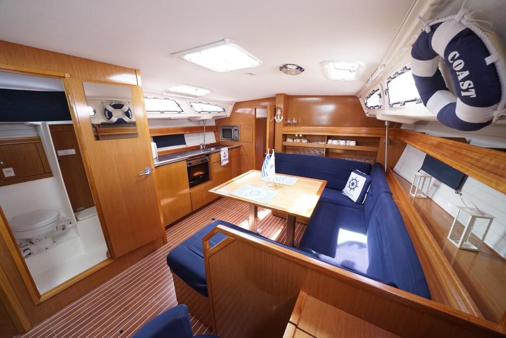 Bootverhuur Marina de Alimos goedkoop Bavaria 43 Cruiser