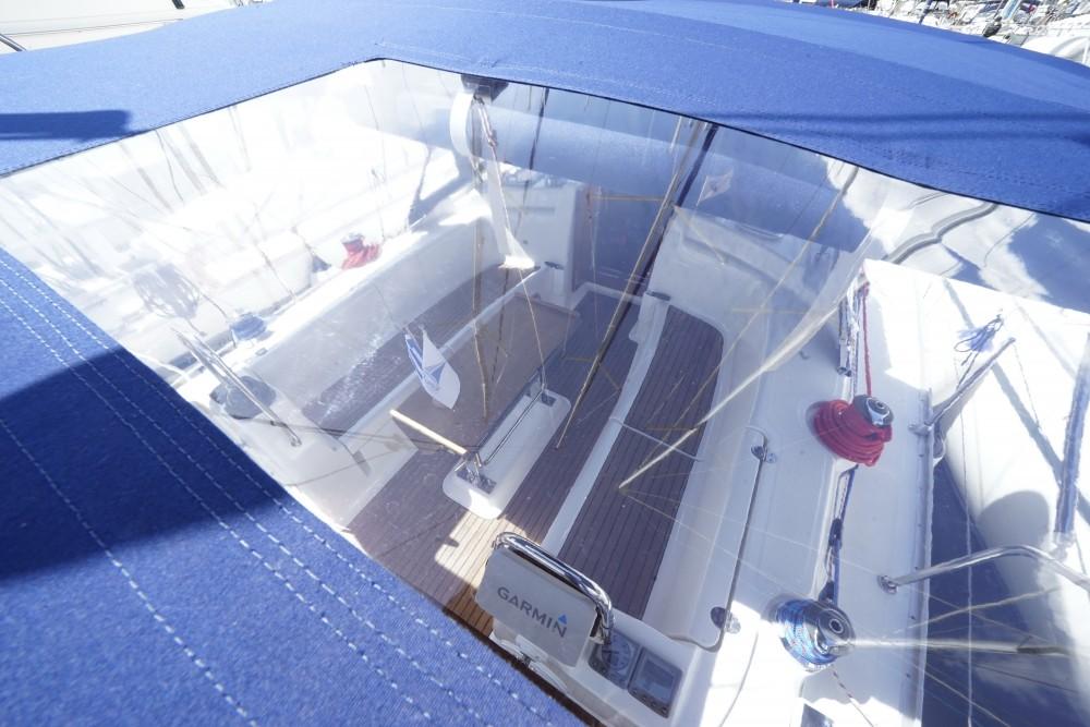 Bavaria Bavaria 43 Cruiser te huur van particulier of professional in Marina de Alimos