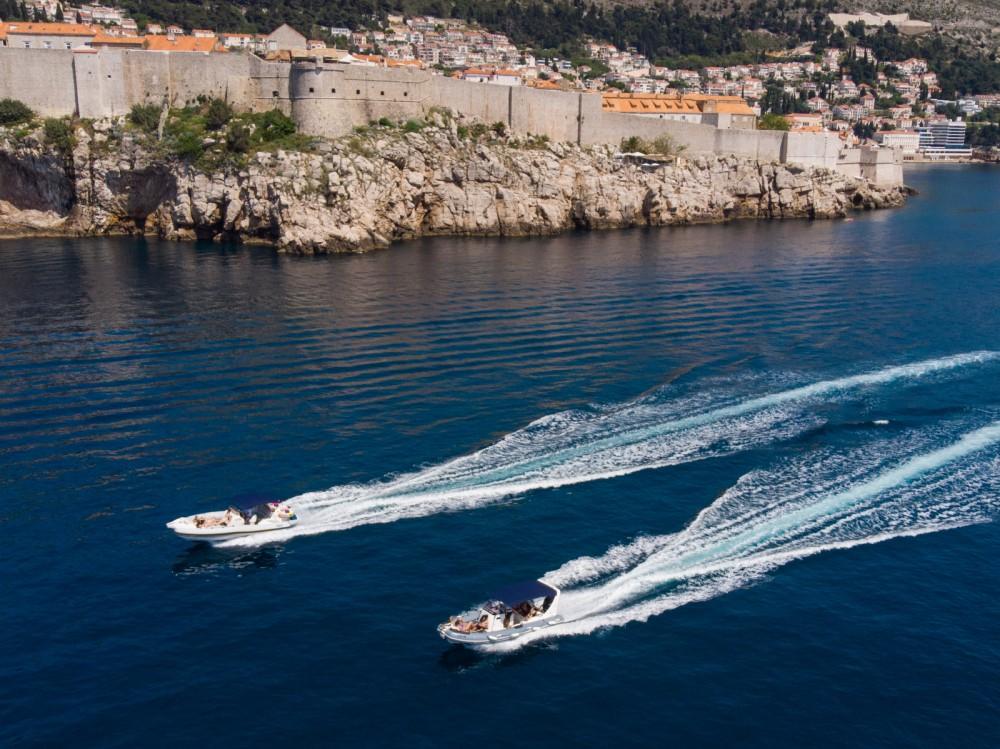 Rubberboot te huur in Dubrovnik voor de beste prijs