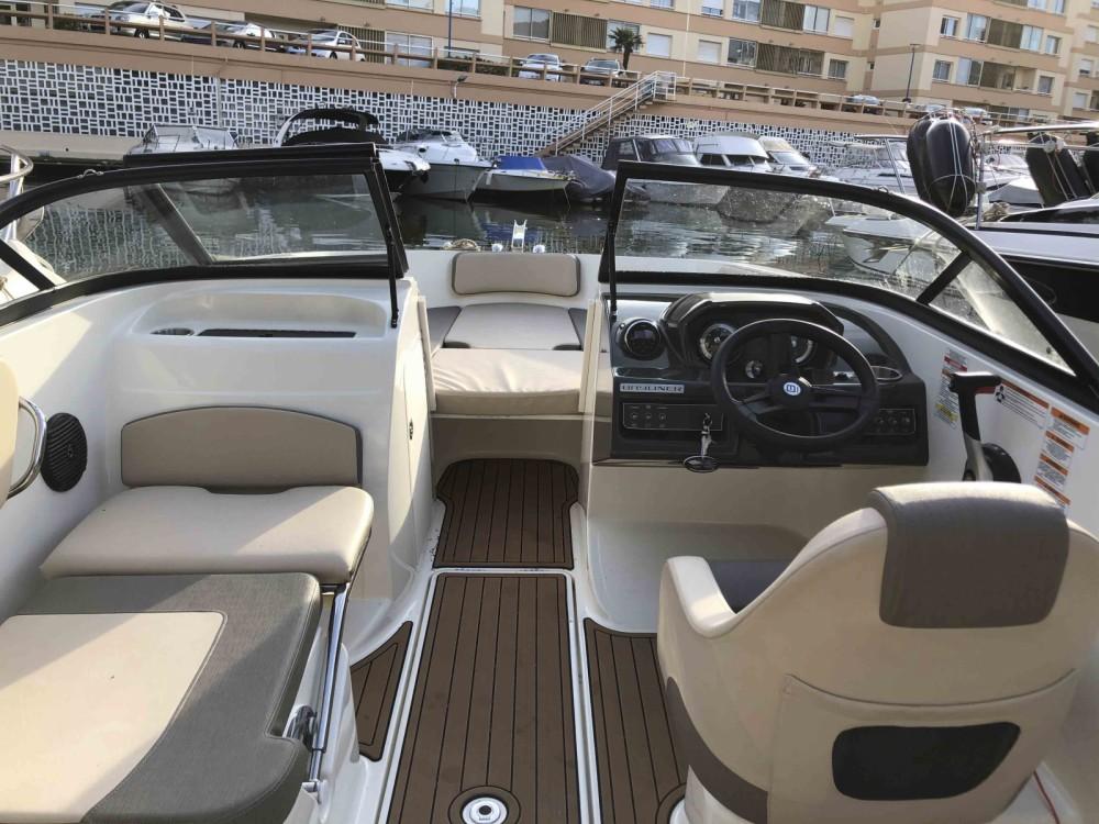 Verhuur Motorboot in Mandelieu-la-Napoule - Bayliner VR5 OE